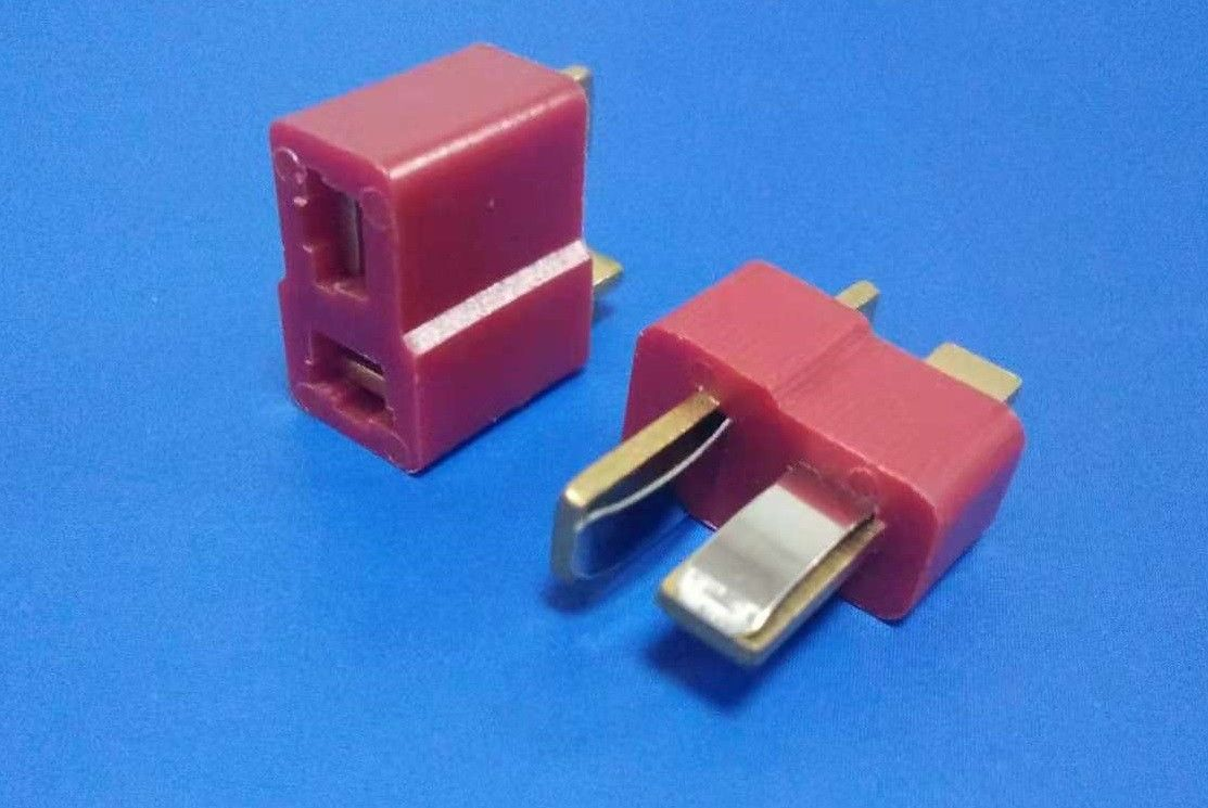 Red Color 2 Poles Power Male And Female Connector 600V AC DC Votage Rating